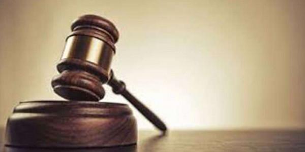सफाई कर्मियों की मौत का मामला, गुजरात हाईकोर्ट ने मांगा राज्य सरकार से जवाब