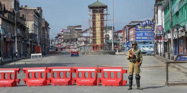 जम्मू-कश्मीर प्रशासन ने रिहा किए तीन नजरबंद नेता, 370 हटने के बाद से थे हिरासत में