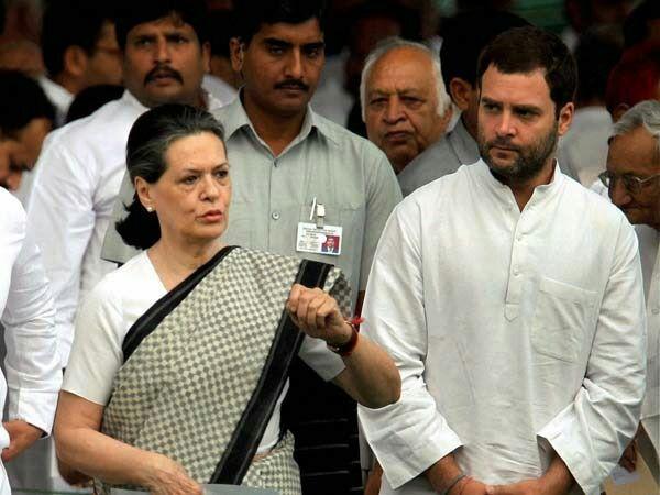 राहुल गाँधी में अच्छे संस्कारो की झलक मिलती है