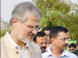 Lt Governor pressurising for parole to OP Chautala:Arvind Kejriwal
