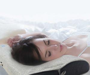 イビキ防止枕 300x250
