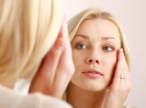 Skin Aging: The Causes and How to Delay It | Moringa-O²