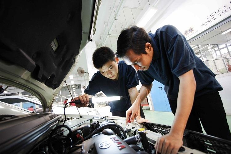 Motorist Questions Used Car 7