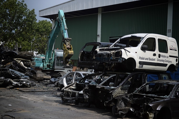 Motorist Deregistered Car Scrapyard 4