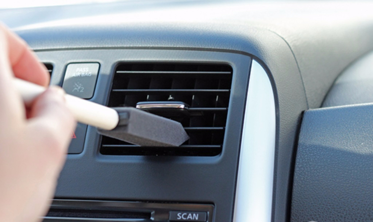 Motorist Foam Brush Air Con Vent