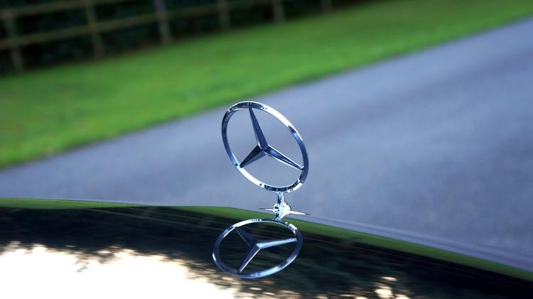 Mercedes Benz 1744916