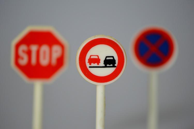 Traffic Signs 674621 1920