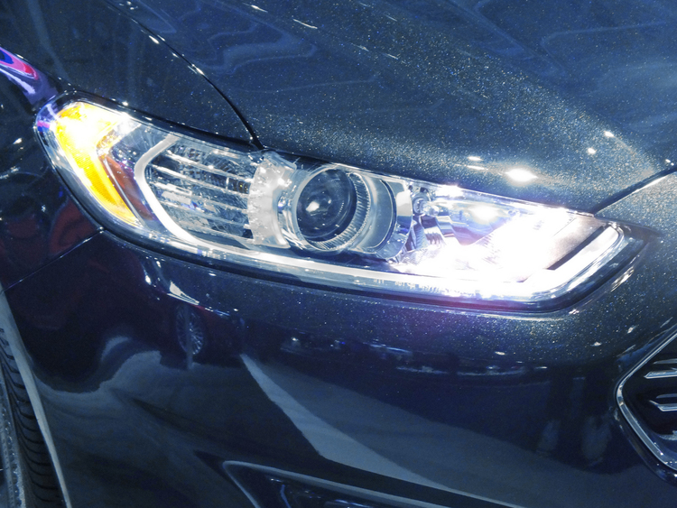 2014 Ford Fusion Projector Headlight