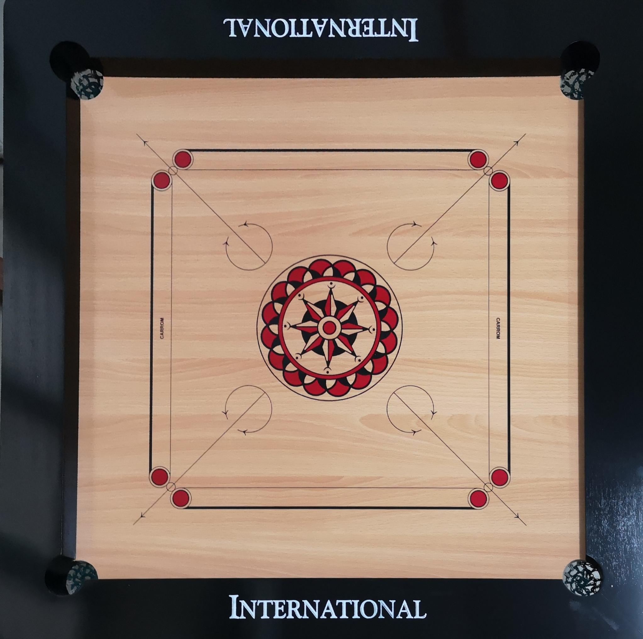 GC919 International Carrom Board Set with Carrom Men/Stricker (Size: 93.0 x 93.0 cm)