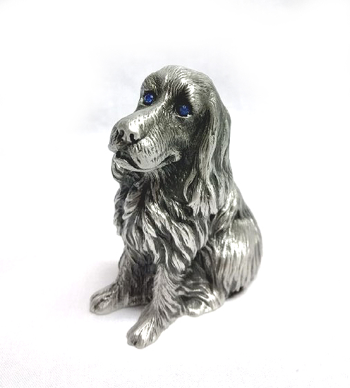 DKH016 Pewter Figurines - Dog with Blue Stones Eyes