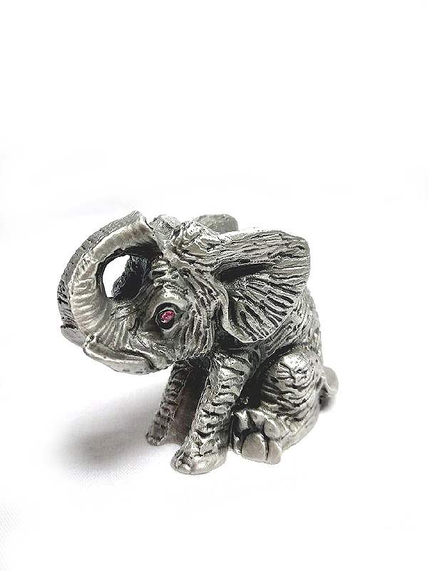 DKH018 Pewter Figurines - Sitting Elephant with Pink Stones Eyes