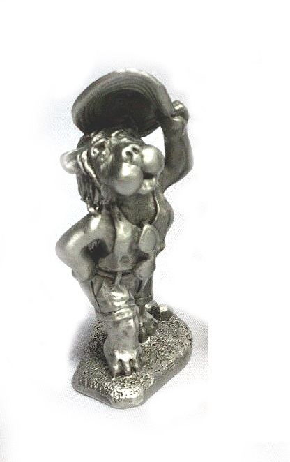 DKH072 Pewter Figurines - Lion (Female)