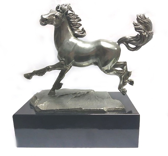 DKH101W Pewter Figurines - Horse with Woodbase
