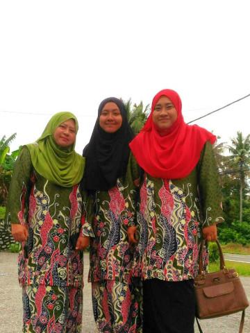 TP-68001 - Baju kurung tradisional, Menjahit baju kurung Tradisional. Menjahit baju sekolah. Menerima tempahan jahit pukal.