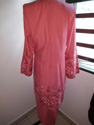 Photo 3 of kurung Moden TP-370001 Baju kurung moden mengikut fesyen terkini. Boleh digayakn dengan berbagai2 majlis, contohnye kenduri kawen,majlis berendoi dan berbagai2 majlis.. Ianya sesuai juga dipakai dipejabat.