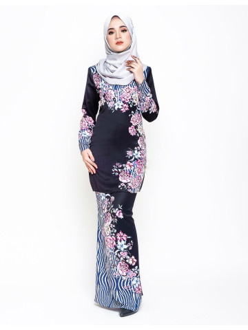 Photo 3 of Kurung moden KMD1 Baju kurung moden dewasa kosong plain ✔kain duyung ✔duyung potong 6 ✔ susun belakang ✔ lipat batik ✔ costemer suggest