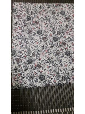 Photo 1 of Membekal kain English Cotton TP-393010 Kain English Cotton, bidang 60 inci, gred AAA, ukuran 3.5 meter. Terlebih selesa dipakai dalam semua cuaca