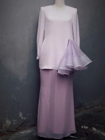 Photo 1 of Contoh Pakaian yang Dijahit TP-396001 Salah satu pakaian wanita yang dijahit untuk pelanggan.