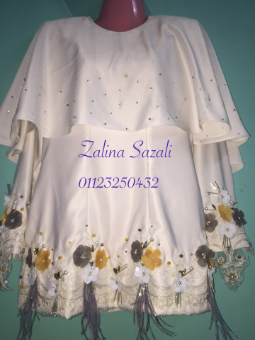 Photo 1 of Moden KM1 Kurung Moden With Cape- White- Nikah