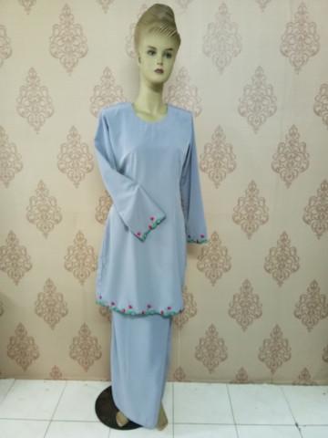 TP-501001 - Baju kurung moden, kain lipat batik, Sulan hujung tangan dan dibawah baju, kain plain