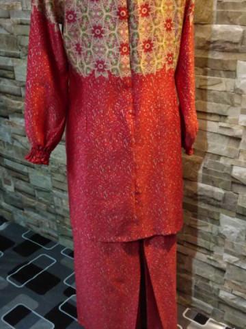 Photo 2 of Baju kurung moden TP-247002 Baju kurung moden Kain lipat belakang