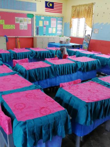 Photo 1 of Alas meja & kerusi Perhiasan kelas/sekolah TP-544001 Alas meja guru & pelajar2 di dalam kelas