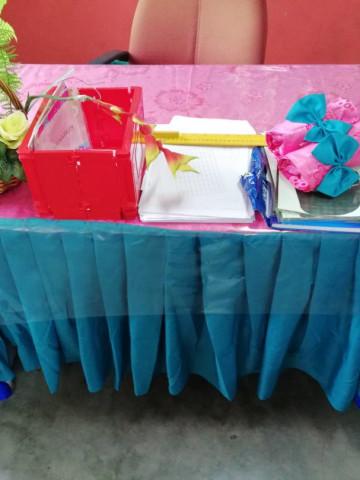 Photo 3 of Alas meja & kerusi Perhiasan kelas/sekolah TP-544001 Alas meja guru & pelajar2 di dalam kelas
