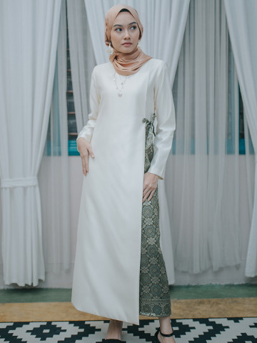Photo 1 of Jubah Lunara LR-01 Antara hasil kerja kami. Jubah Lunara. Fesyen moden, minimal & classy.