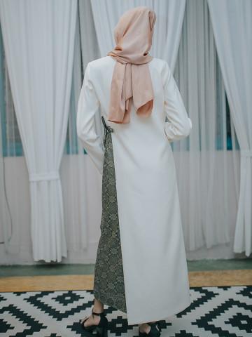 Photo 3 of Jubah Lunara LR-01 Antara hasil kerja kami. Jubah Lunara. Fesyen moden, minimal & classy.