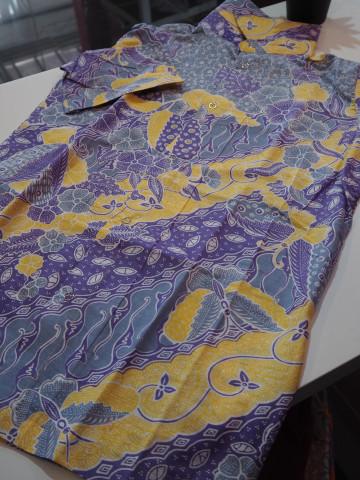 Photo 3 of Kameja Batik TP-388058 Perkhidmatan Jahit Individu &  Pukal minima 15 pcs untuk 1 design Untuk menempah jahit whatsap terus ke talian 0193780293