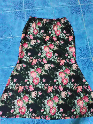 Photo 2 of baju kurung moden TP-578000 baju kurung moden wanita dewasa - bercorak  kain potongan duyung