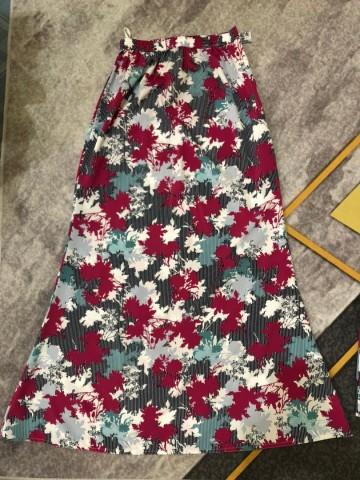 Photo 3 of Baju Kurung Pesak Buluh TP-994001 Baju kurung pesak buluh yang biasanya dipakai oleh wanita dewasa.