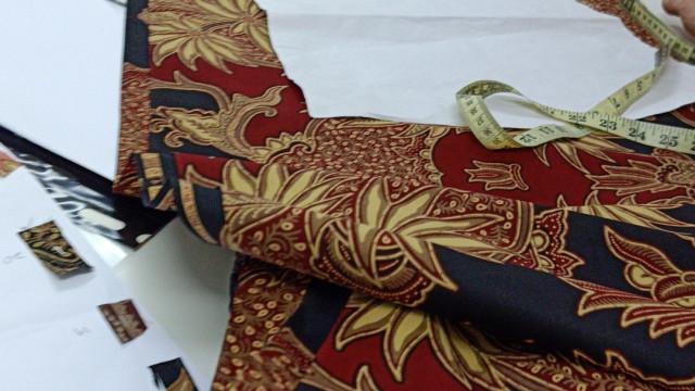 Hanna Tailoring Photo 3 of Tailor-762