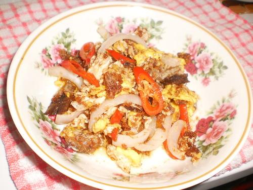 :) Ikan Pekasam Goreng Telur - MyResipi.com