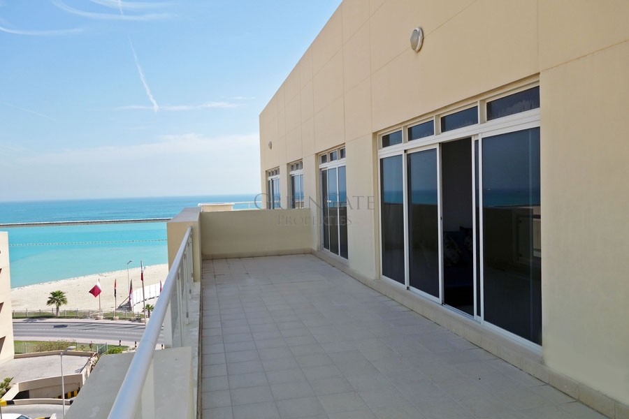 2br Penthouse with Large Private Terrace
