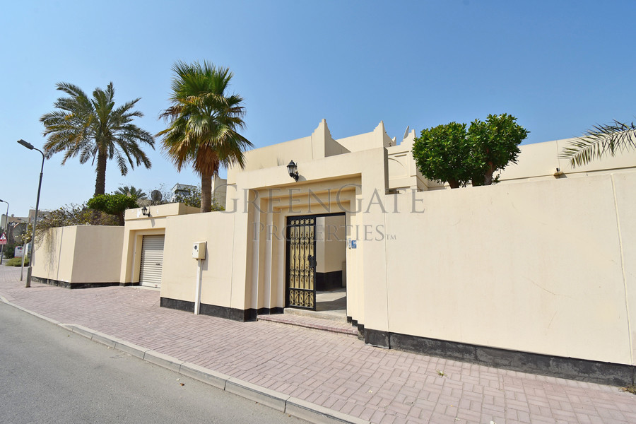 Newly Built 3 Bedroom Villa with Private Garden