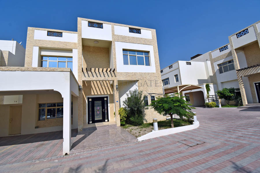 Fully Furnished 4(+1) Bed Compound Villa