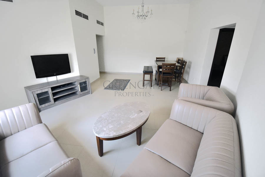 Superb Price for Modern Two Bed Apt near St. Chris