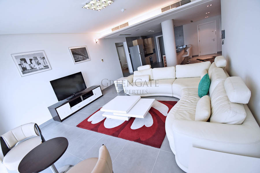 Stylishly Furnished Three Bedroom Luxury Apartment