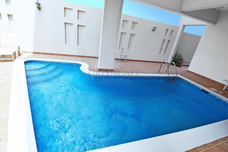 Exceptional 3 Bed Executive Apt Close to St. Chris