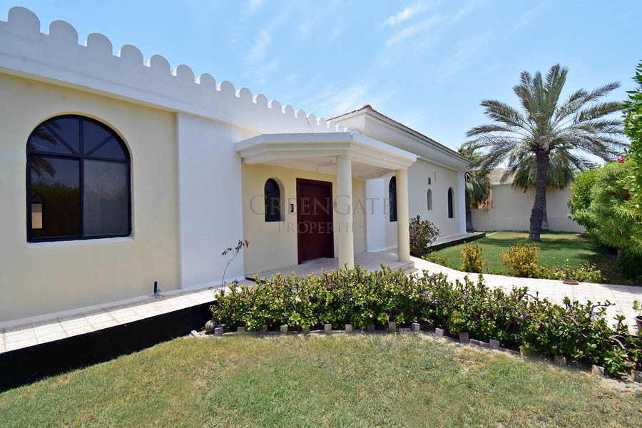 Top Price for This Spacious 4br Villa - Rent Inc!