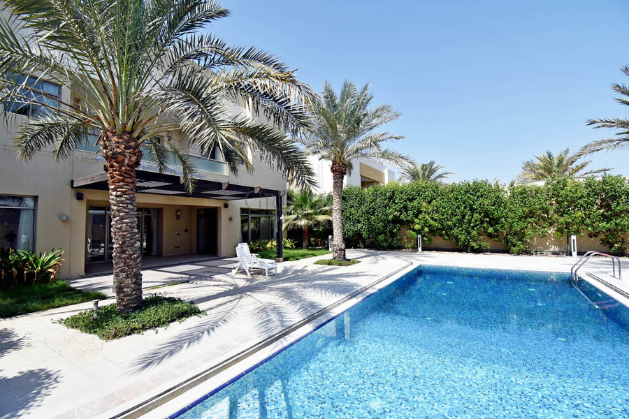 Luxury 5 Bed Designer Villa with Pool and Garden