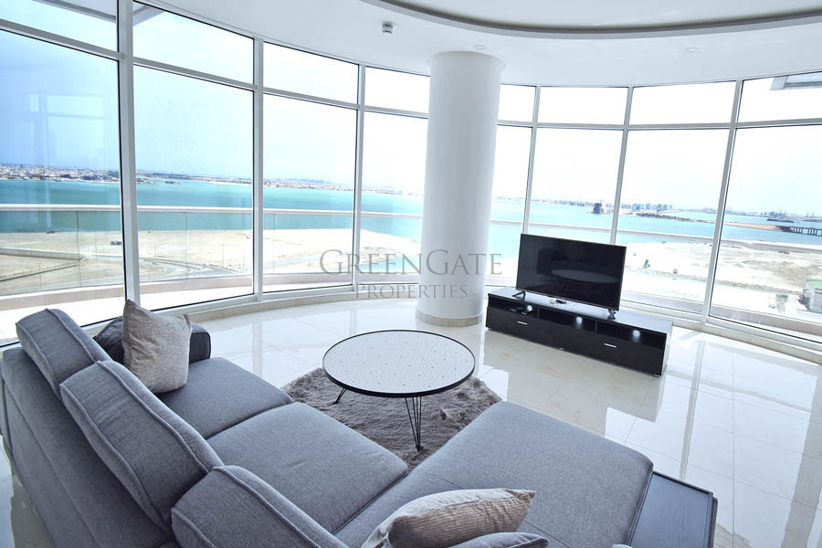 Fantastic 2 Bed Apt with Maids Room and Sea Views