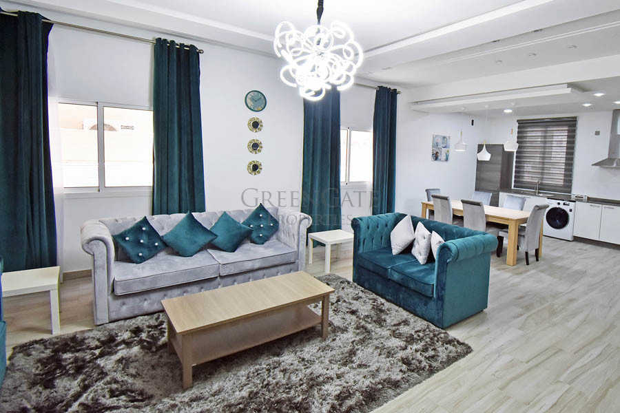 Stylishly Furnished 2 Bed Apartment near St. Chris