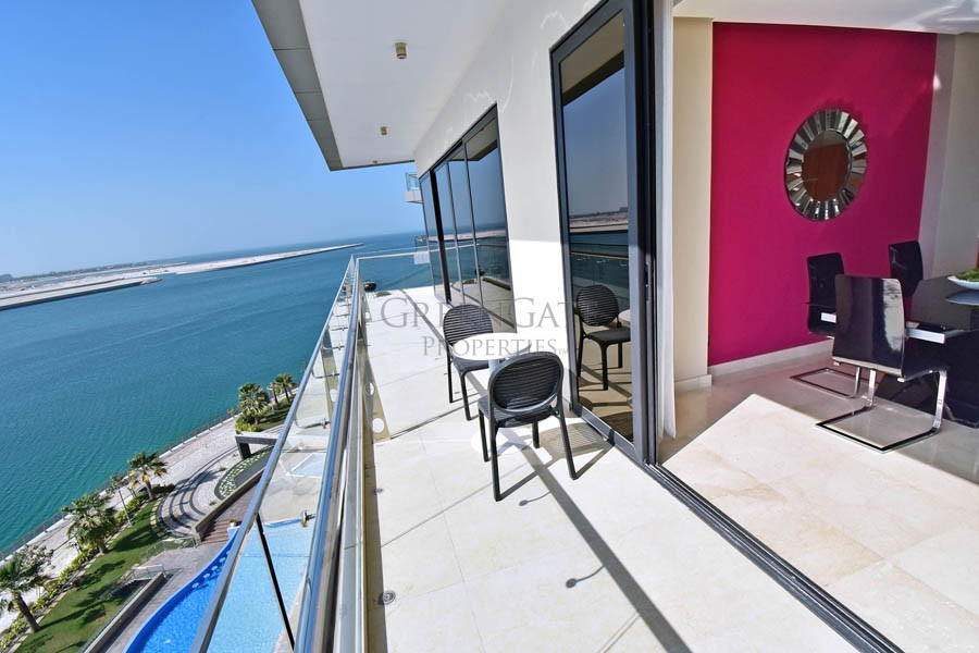 Deluxe Two Bed Apartment with Unrivalled Sea Views
