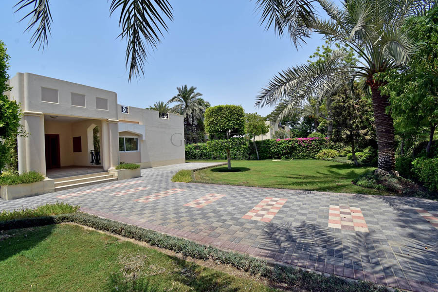 3br Compound Villa with Stunning Landscaped Garden