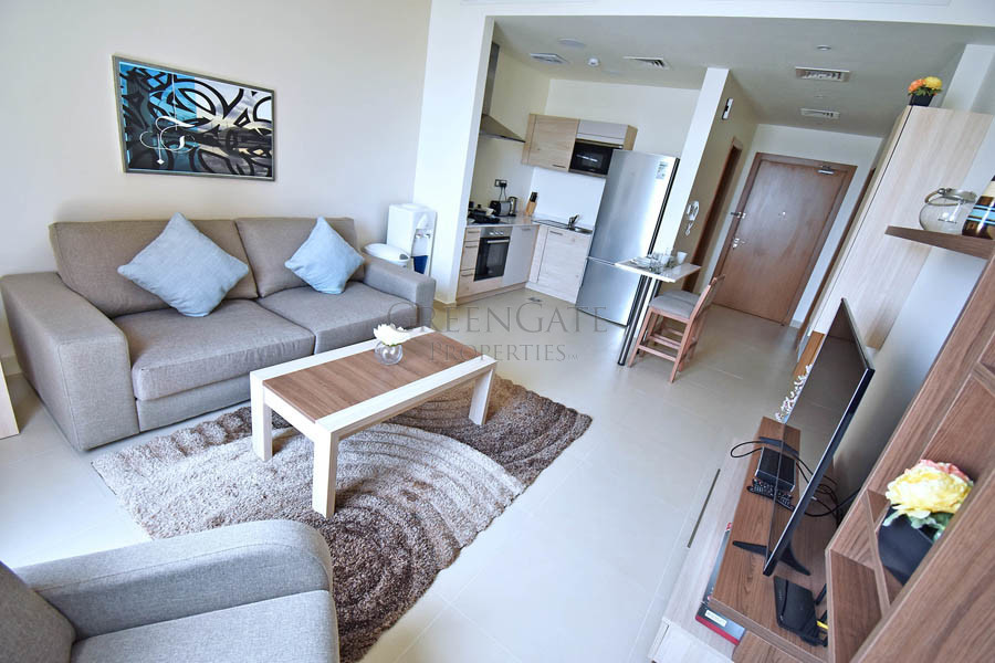 Luxury 1br Apt with Balcony near Art Rotana Beach