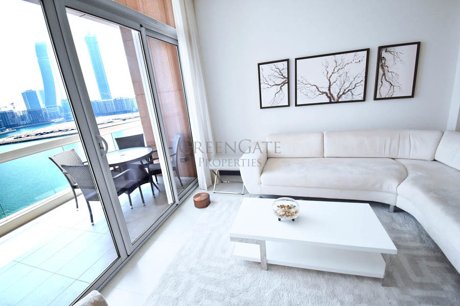 Luxury 3(+1) Bed Apt with Balcony and Water Views