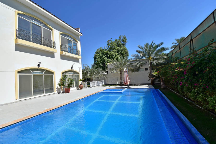 Colonial Style 5 Bed Villa with Garden and Pool
