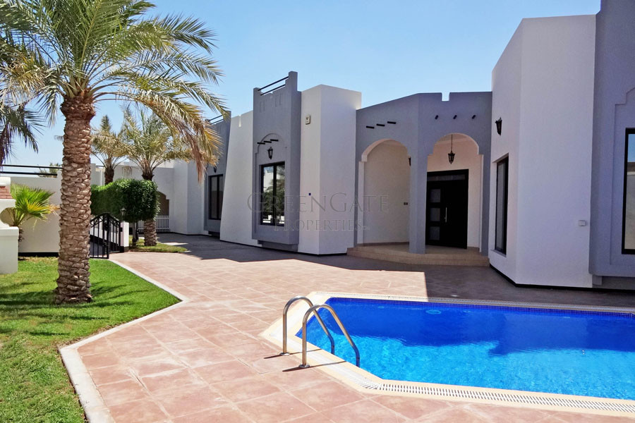 Lovely Villa with Private Swimming Pool.